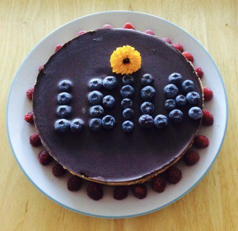Žaliavalgiškas dvigubo šokolado tortas