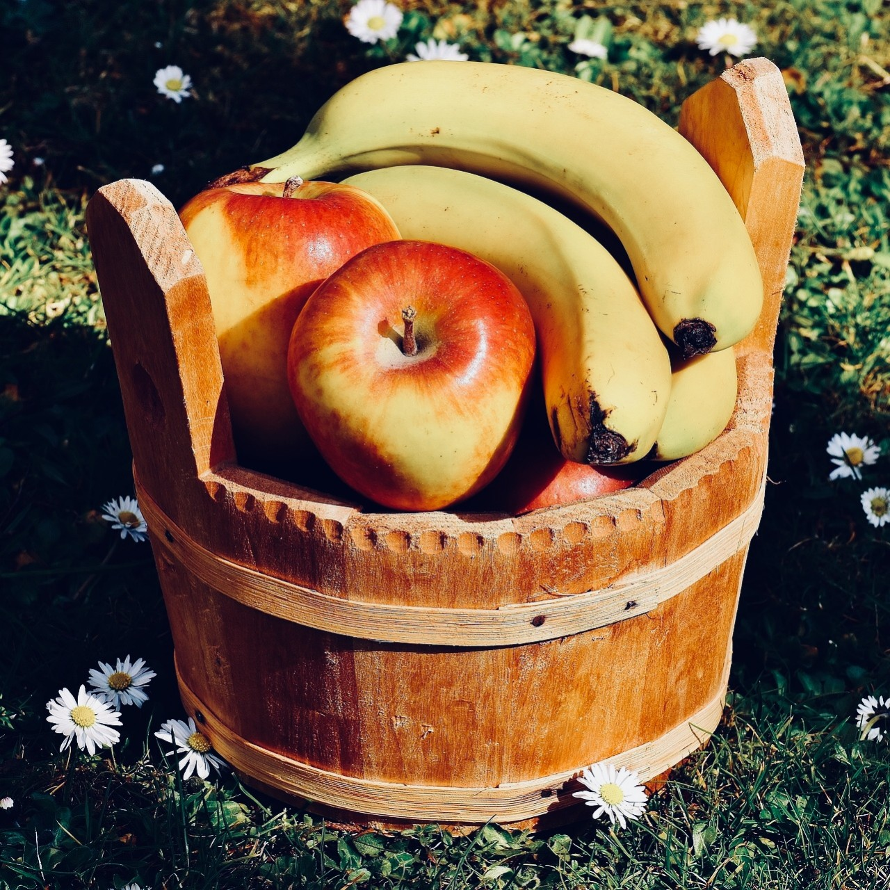 Apple or banana?..